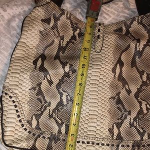 Gucci Bags - 🐍 Gucci Brown Python Jackie Shoulder Bag